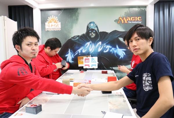 Round 12: 高尾 翔太(東京) vs. 山本 賢太郎(東京)