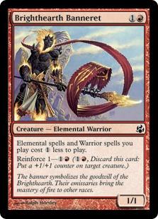 《ブライトハースの旗騎士/Brighthearth Banneret》[MOR] 赤C