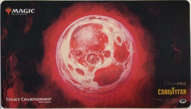 『北アメリカ・レガシー選手権2018《血染めの月/Blood Moon》』限定プレイマット P0942
